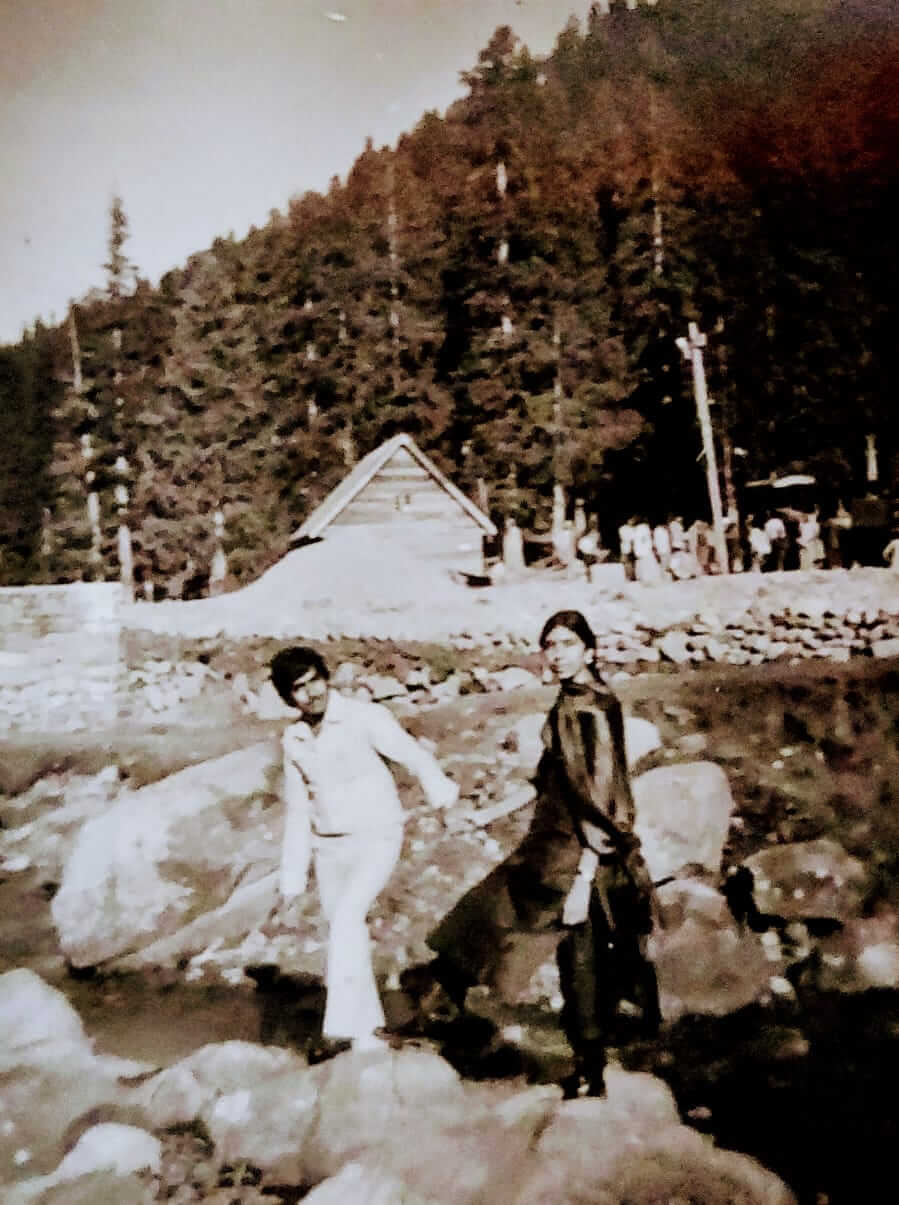 Kashmir Travel Guide Old Pic
