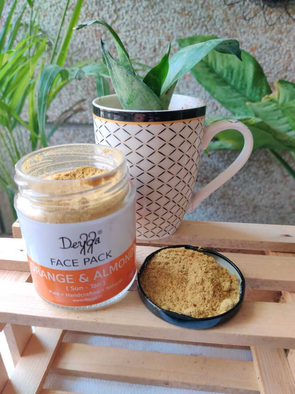 Here, I am sharing my experience of using Deyga Organic Skincare Products. Deyga is an organic skin and haircare brand based at Tamil Nadu, India.